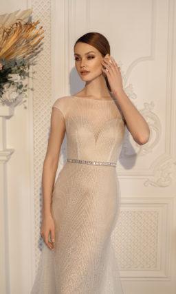 Красивое платье рыбка с поясом
