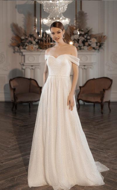 Свадебное платье лаконичного кроя