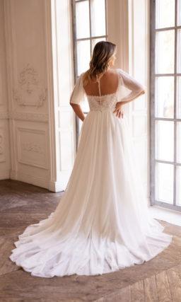 Женственное свадебное платье на полную фигуру