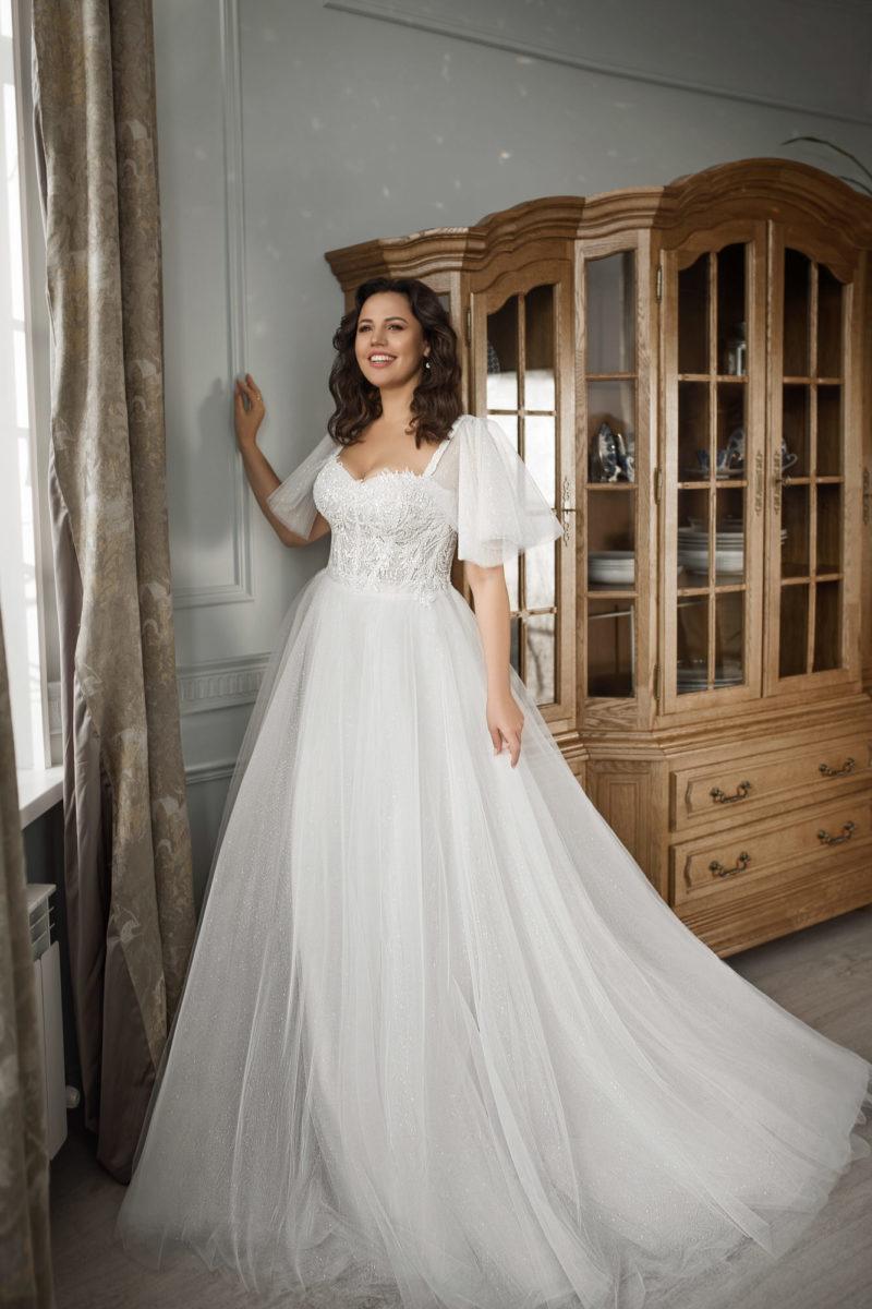 Пышное свадебное платье plus size