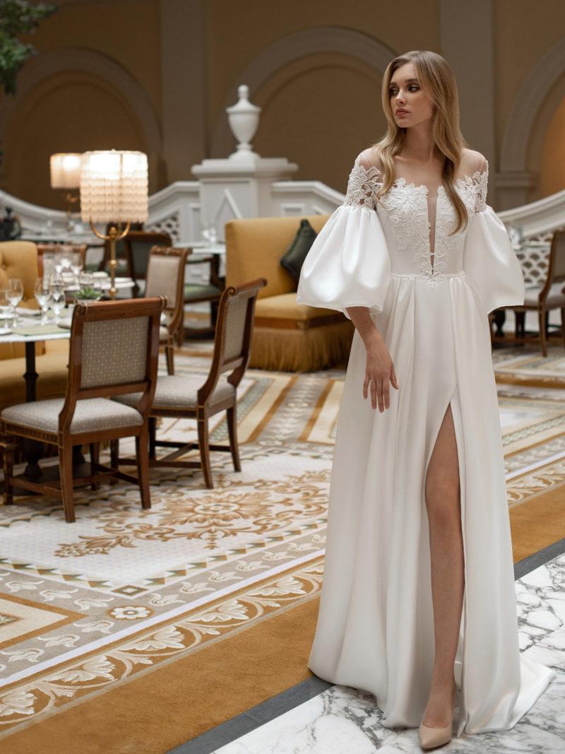 Cвадебное платье из молочного атласа