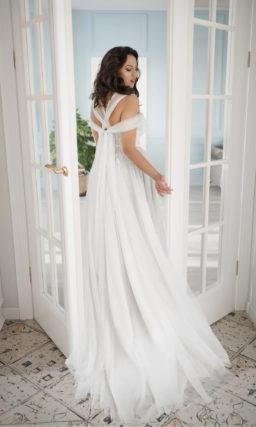 Свадебное платье plus size с завышенной талией