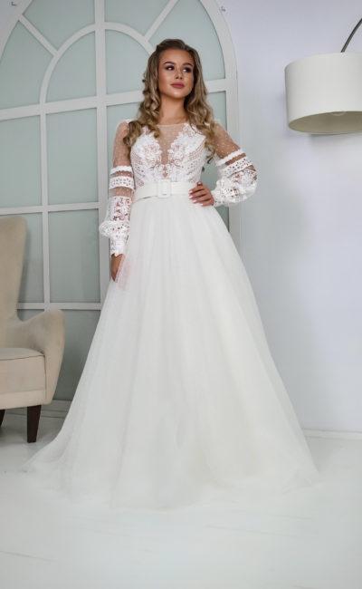 Свадебное платье с рукавами из фатина