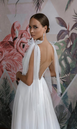 Прямое свадебное платье