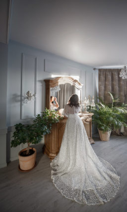 Свадебное платье plus size с пышными рукавами