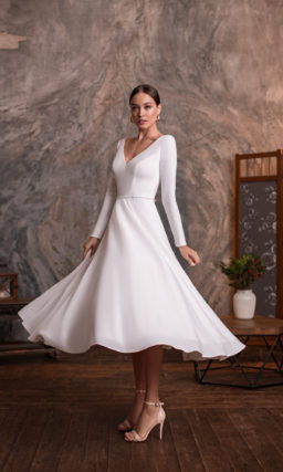 Укороченное минималистичное свадебное платье