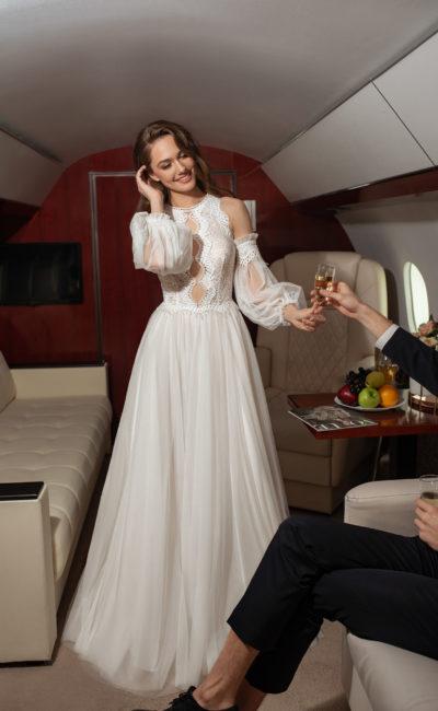 Cвадебное платье c длинными рукавами