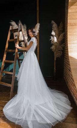 Свадебное платье-трансформер с короткими прямыми рукавами