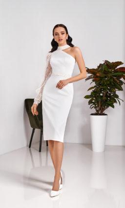 Свадебное платье-футляр длины миди