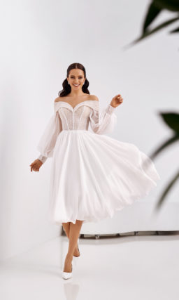 Свадебное платье с мерцающим верхом