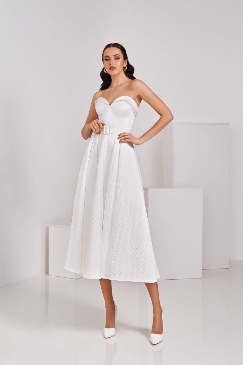 Свадебное платье из тканей разных фактур