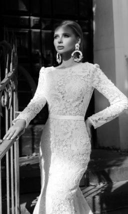 Венчальное платье русалка с рукавами