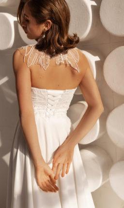 платье приталенного кроя