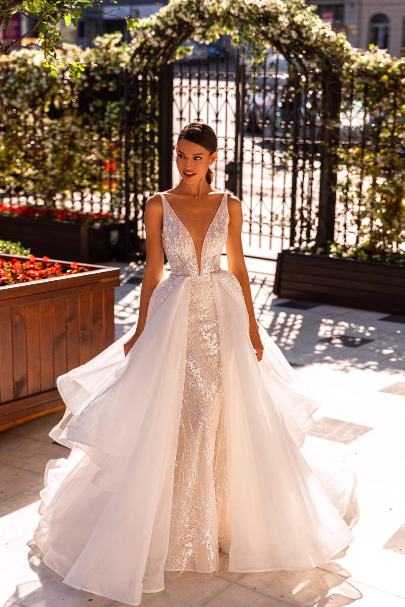 Пышное блестящее платье-трансформер