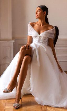 Пышное платье с красивым рукавом