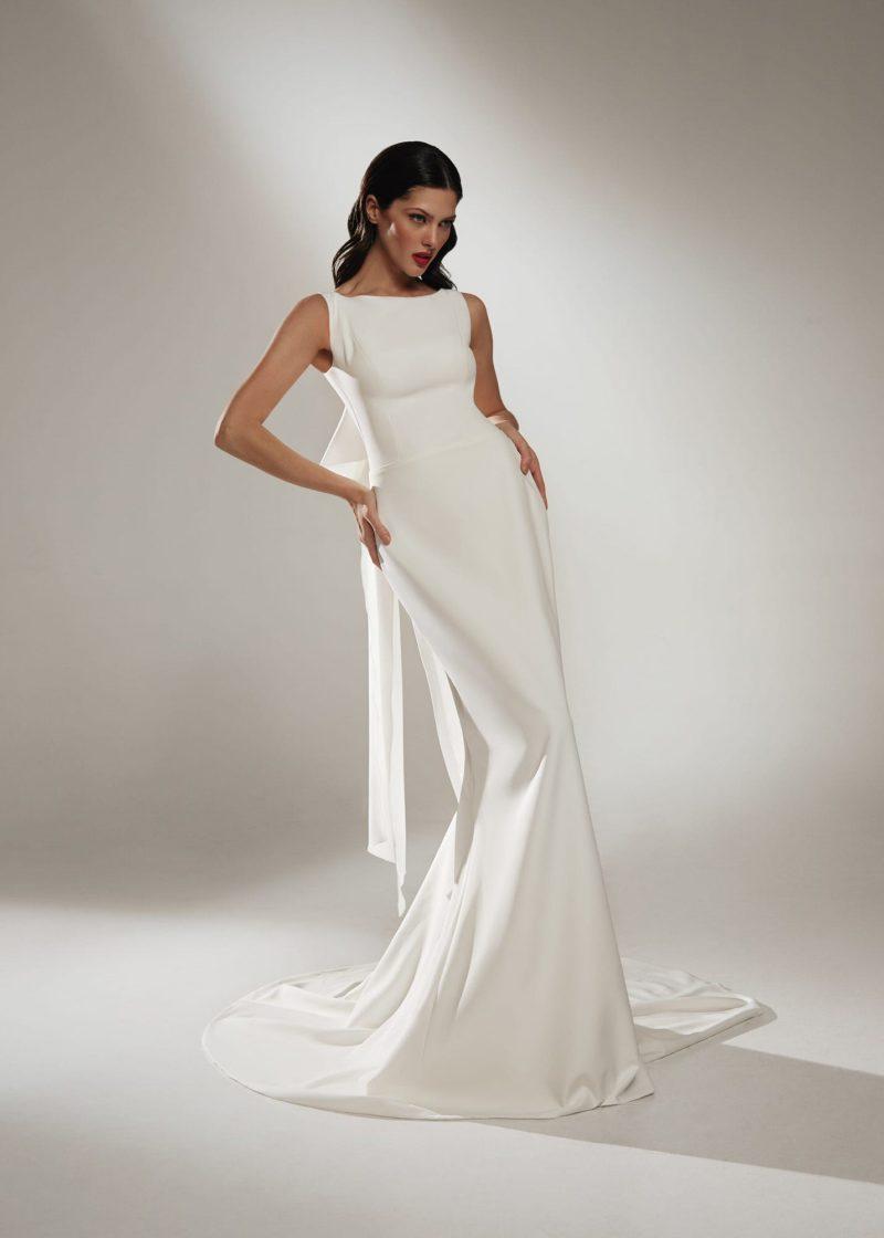 свадебное платье русалка из атласа