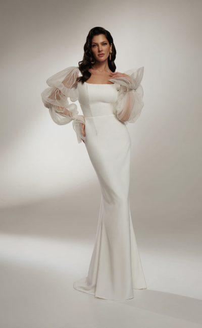 Атласное свадебное платье кроя русалка
