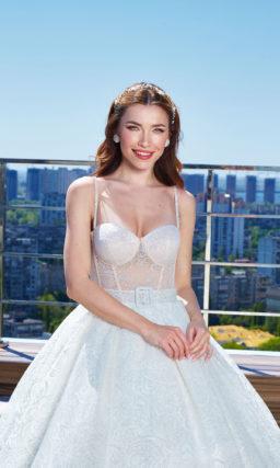 Очень пышное свадебное платье