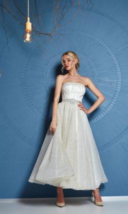 Короткое свадебное платье миди с поясом