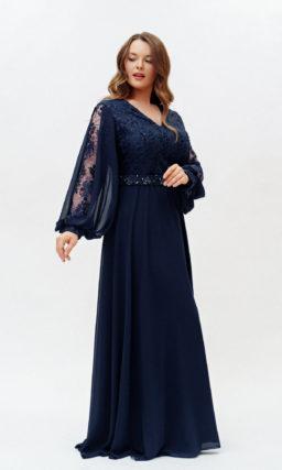 Темно-синее платье с длинным рукавом