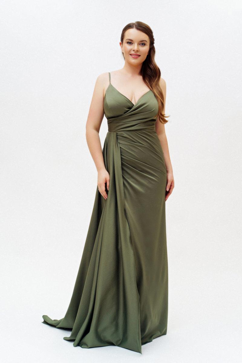 Платье цвета хакки