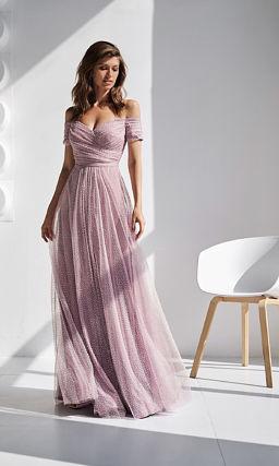 Розовое красивое платье на выпускной