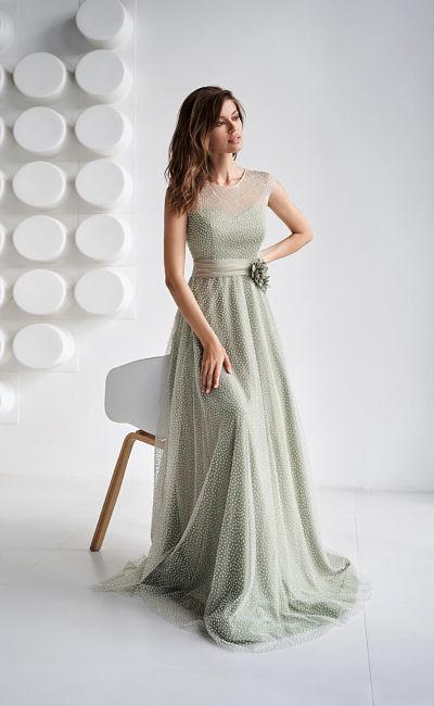 Светло-зеленое выпускное платье