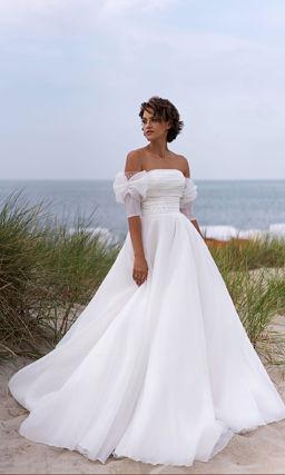 Свадебное открытое платье